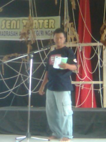 Teater Magnit Ngawi - Silahturahmi Seniman Sastra (10)