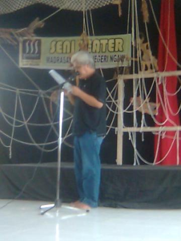 Teater Magnit Ngawi - Silahturahmi Seniman Sastra (6)