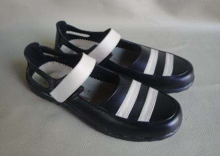 sepatu kulit cewek magetan